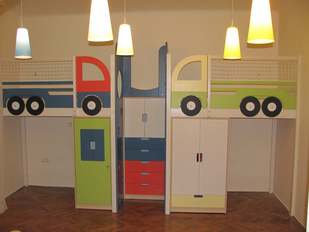 Custom play furniture, playroom equipment, children's bedroom and activity room constructions